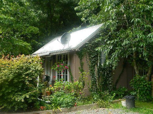 Picture of House requiring House Sitter at Kiwi House Sitters, New Zealand. Location Bay of Islands, Kawakawa 0282