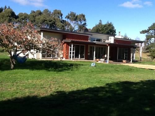 Picture of House requiring House Sitter at Kiwi House Sitters, New Zealand. Location Pauatahanui, Wellington 5381
